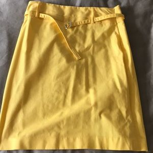 Yellow belted pencil skirt!